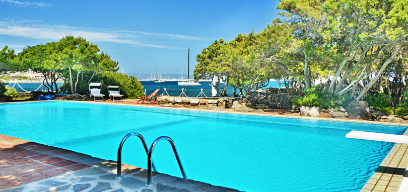 Suite di lusso a stintino vacanze esclusive stintino soggiorni di lusso a stintino villa del mar - Villa con piscina sardegna ...