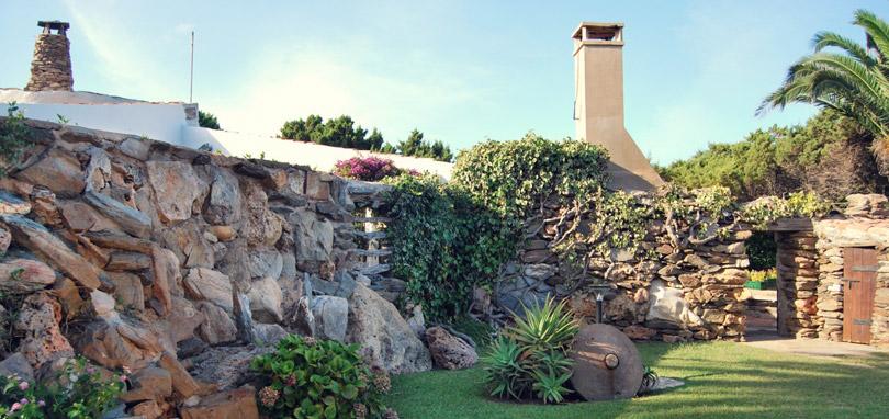 Suite di lusso a stintino vacanze esclusive stintino - Ingresso giardino ...